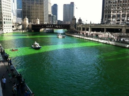 249854-chicago-river-goes-green_medium