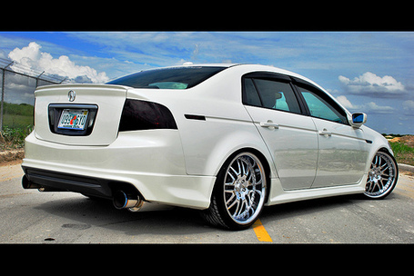 Acura-tl-3_medium