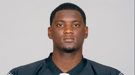 12211-sports-rolando-mcclain-gun-charges_medium