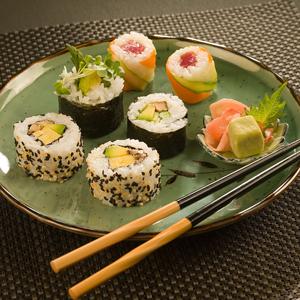 Maki_sushi_medium