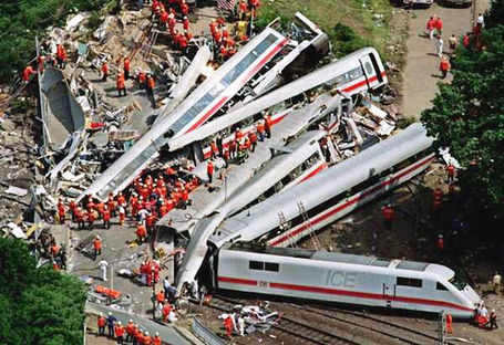 San-diego-train-accident_medium