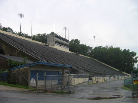 Uconnmemorialstadium_medium