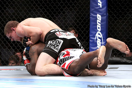 Guillard_shocked_by_lauzon_at_ufc__medium