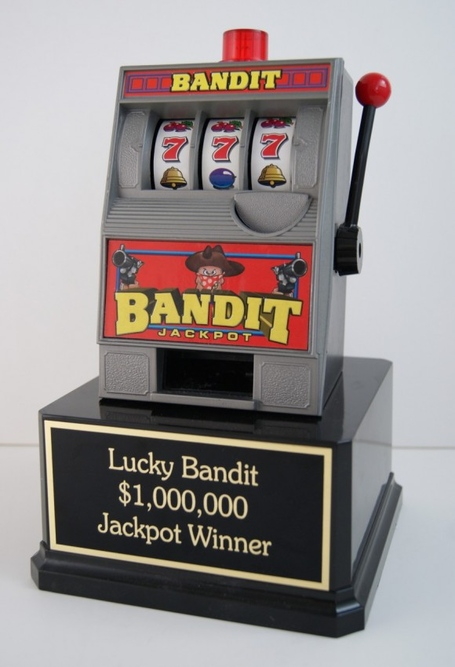 Bandit_trophy__97764_zoom_medium