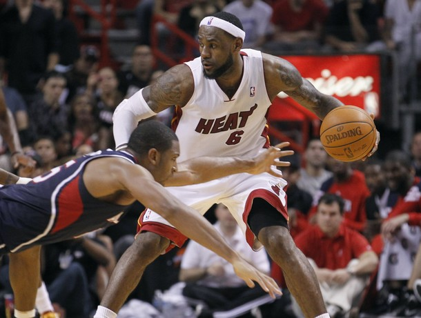 LeBron_James_Against_Atlanta_Hawks