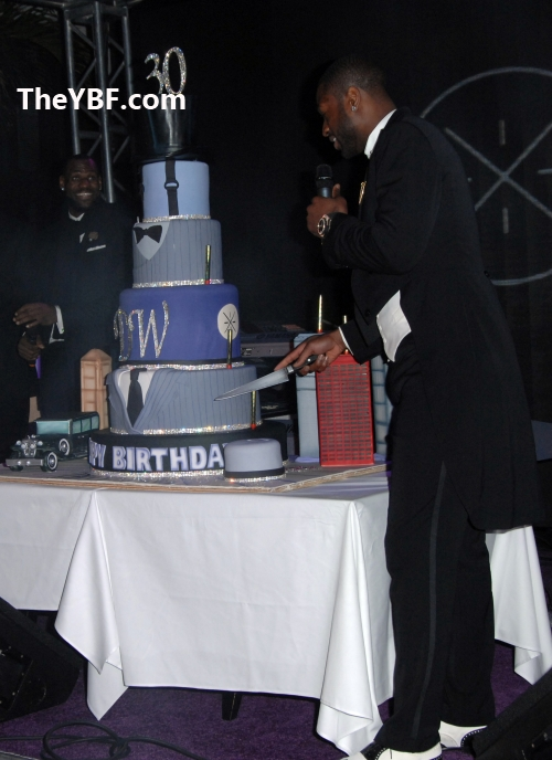 Wade_Cutting_Cake