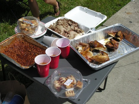 Tailgate-food-by-bobbyuggles_medium
