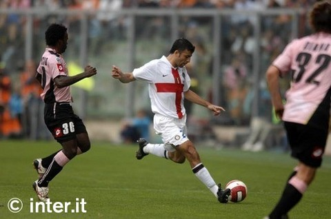 Samuel against Palermo, 2007