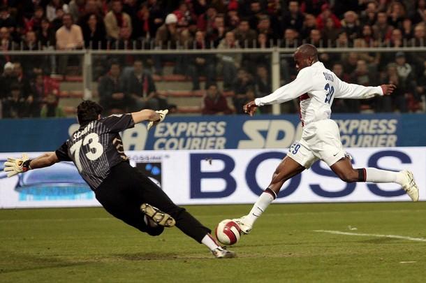 Suazo scores for Inter