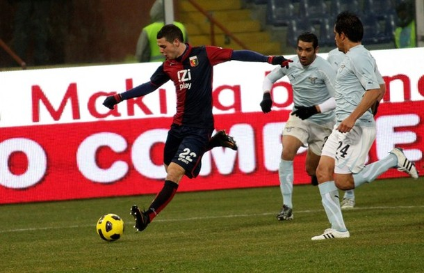 Mattia Destro with Genoa against Lazio