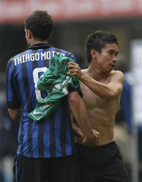 Yuto Nagatomo shirtless. not bad