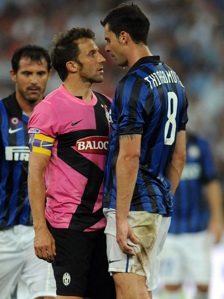 Thigo Motta takes on Del Piero
