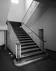 220px-stairway_in_ford_plant_in_la_from_habs_medium