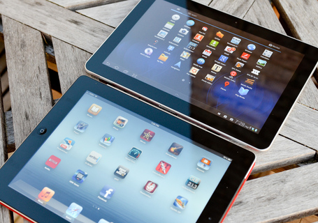 Ipad-galaxy-tab-10