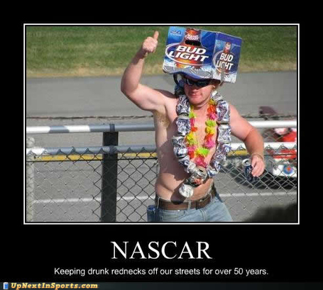 Sports-pictures-fan-drunk-rednecks0000_medium