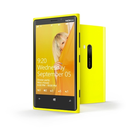 Nokia-lumia-820-and-lumia-920-official-photo-album12_medium