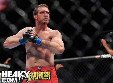 Stephan-bonnar-pose-ufc-116_medium