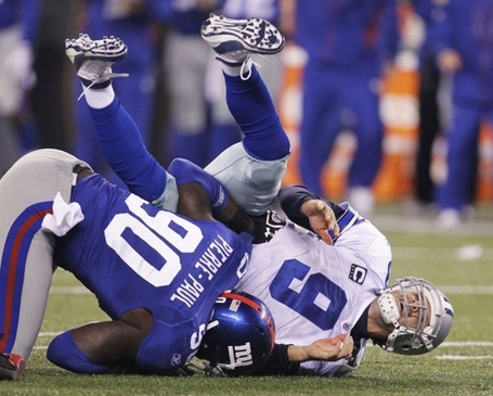 Cowboys_giants_football_09880-3424_medium
