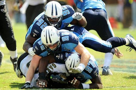 Nfl_u_titansdefense_600_medium