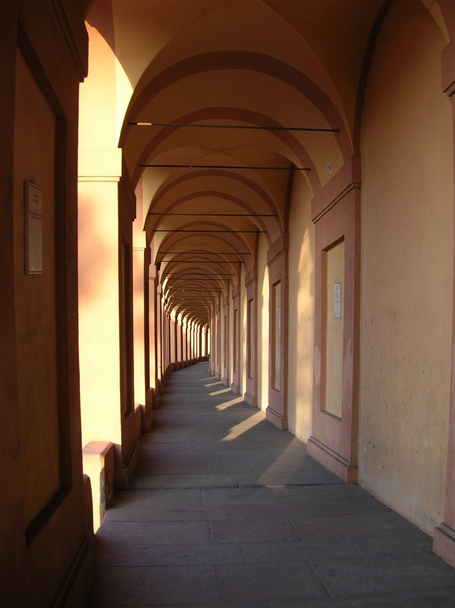 Bologna_sanluca_02_medium