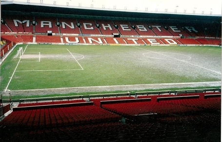 800px-old_trafford_march_1992_jpg_medium