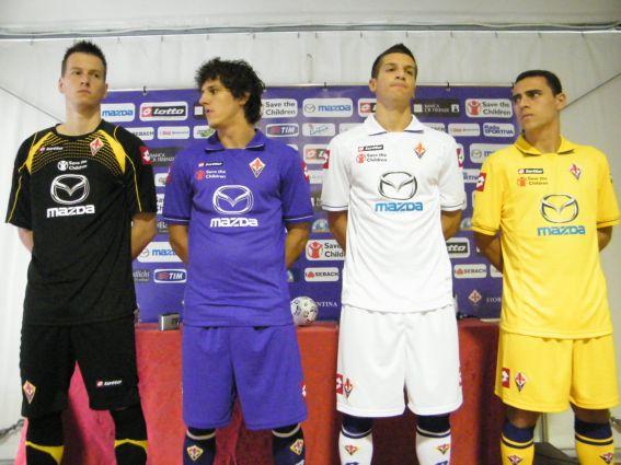 New-Fiorentina-Kits-11-12