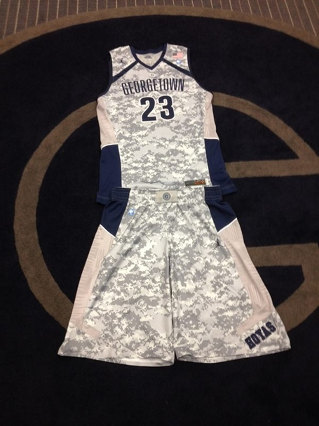Hoyascamo_medium_medium