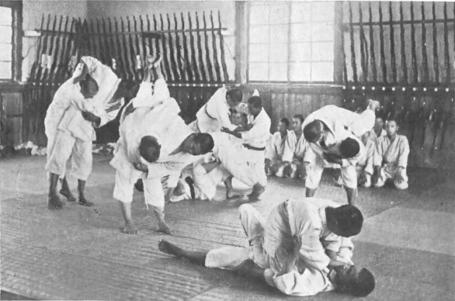 Jujitsu__28and_rifles_29_in_an_agricultural_school_medium
