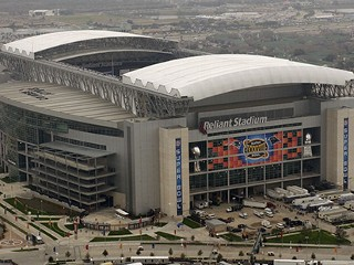 Ap_reliant_stadium_080913_mn_medium