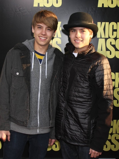 Dylan_sprouse_cole_sprouse_medium