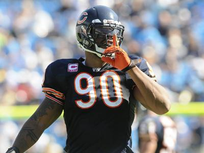 Julius-peppers-_c3_93imo-defensive-end-do-bears-fonte-nfl-de-boteco_medium
