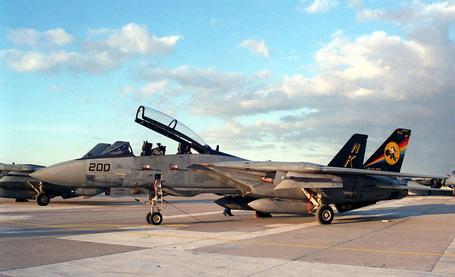 F-14_tomcat_vf-31_medium