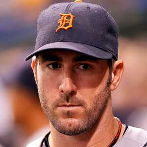 Justin-verlander-wins-al-2011-cy-young_medium