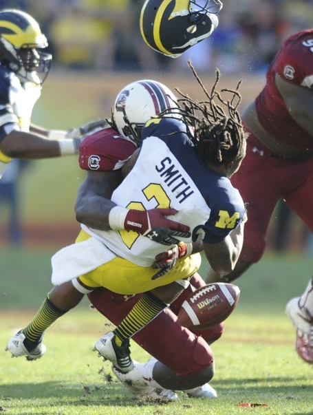 Jadeveon-clowney-hit-610x808_medium