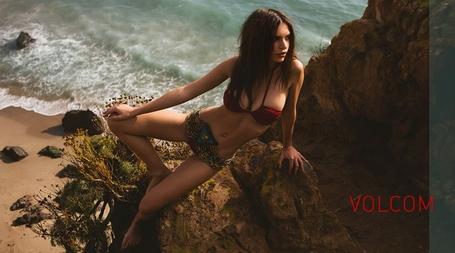 Emily-ratajkowski-surfline-bikini-2_medium