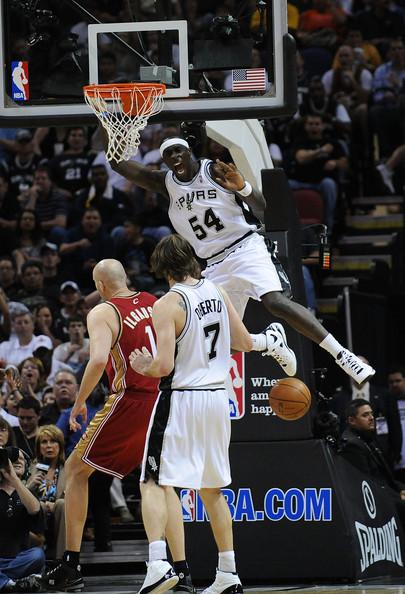 Cleveland_cavaliers_v_san_antonio_spurs_qxl_dy-vcrel_medium