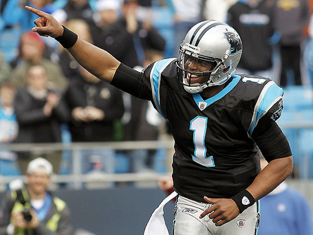 Pictured-the-only-qb-to-ever-pass-for-4k-yards-and-rush-for-500-in-a-single-season-ap-images_medium