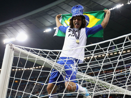 David-luiz-celebrations-chelsea-champions-lea_2767965_medium