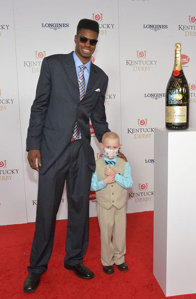 Nerlens_noel_moet_chandon_toasts_139th_kentucky_9uny_r-ge_jl_medium