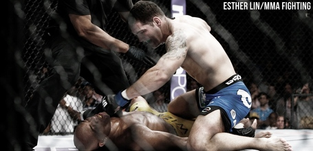 Chris-weidman-vs-anderson-silva1_medium