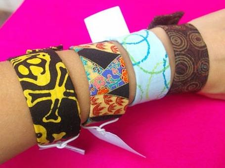 Slap-bracelets_medium