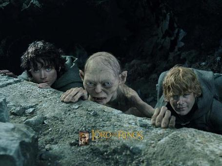 Frodo__gollum__and_sam__lord_of_the_rings__return_of_the_king_-_800x600_medium