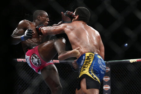 088_lyoto_machida_vs_phil_davis_gallery_post_medium
