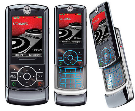 Motorola-rokr-z6-01_medium