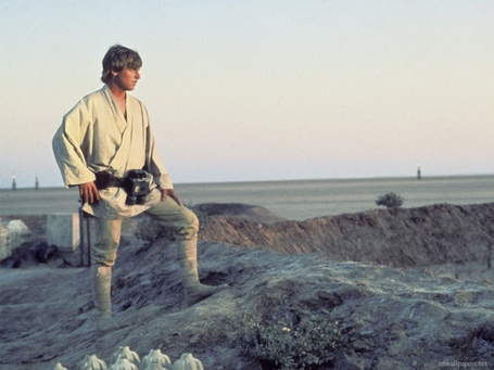 Luke-skywalker-tatooine_medium