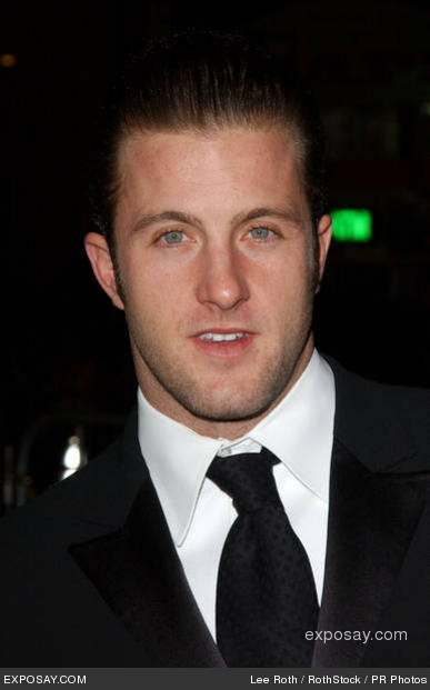 Scott_caan_jm3kz_medium