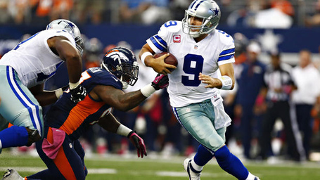 Cowboys-broncos-romo-runnin_medium