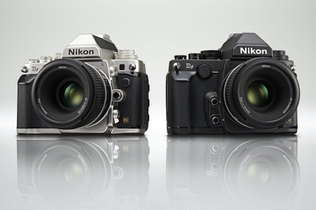 Nikon-df-blakc-and-silver_medium
