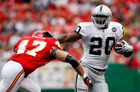 Oakland_raiders_v_kanas_city_chiefs_3swuchnsa9gl_medium