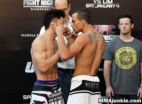 Tatsuya-kawajiri-sean-soriano-ufc-fight-night-34_medium